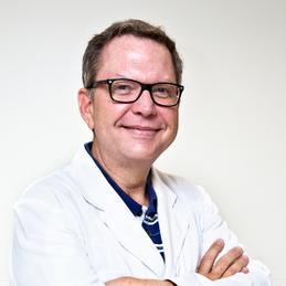 Dr. Ernesto Sau Boix