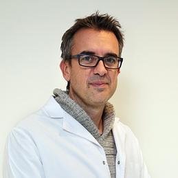 Dr. Alberto Gines Cespedosa - Traumatólogo