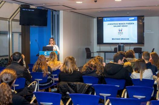 Tallers de reanimació cardiopulmonar per a escoles Barcelona