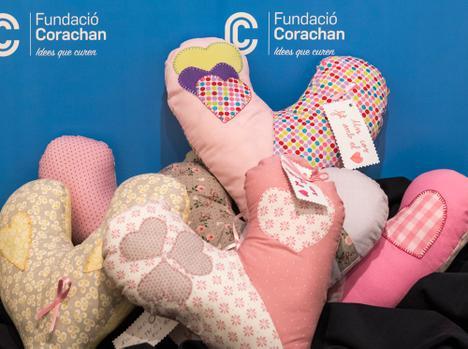 Cojines solidarios para pacientes con cáncer de mama