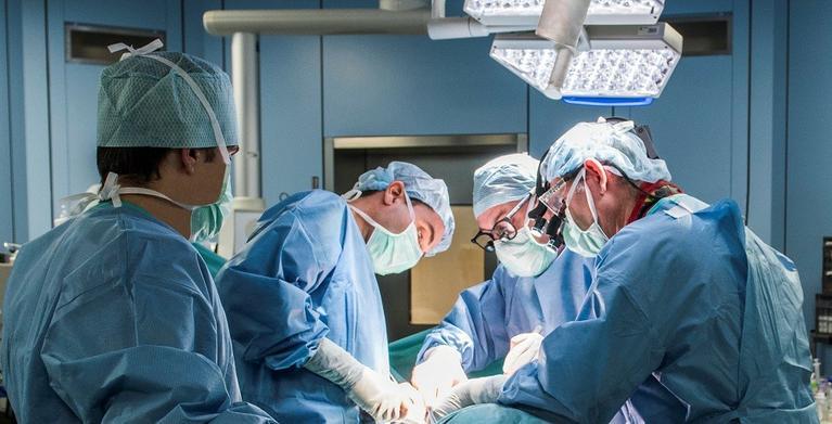 Olaverri operación escoliosis